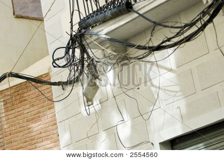 Unprofessional Electric Installation