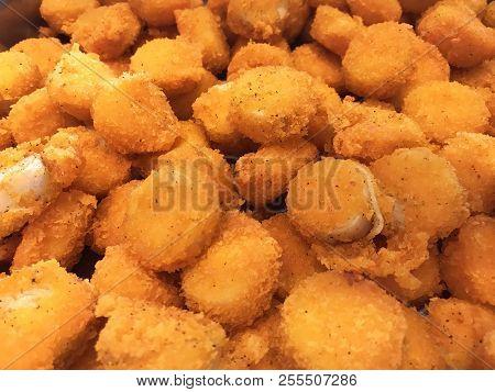 Asian Buffet Food Menu: Delicious Deep Fried Scallop With Tartar Sauce. Thai Seafood Restaurant Banq