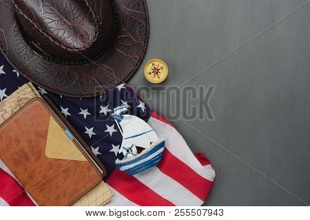 Table Top View Aerial Image Of Decoration The Sign Of Usa Happy Columbus Day On Oct 8,2018 Backgroun