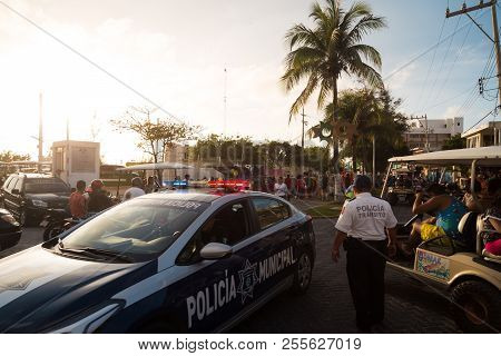Isla Mujeres, Qr, Mexico - Feb 11, 2018: Municipal Police Keep Watch Over A Local Festival That Was