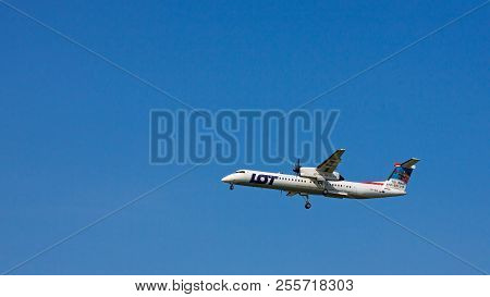 Budapest, Hungary - June 11, 2018: Lot Polish Airlines Bombardier Dash 8 Q400 With The Registration