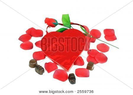 Heart Box Candy Rose Petals