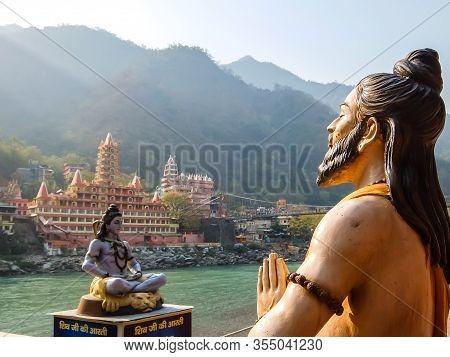 Rishikesh, India - Circa March 2018. Beautiful Statues On The Riverbank Of Ganga In Rishikesh.