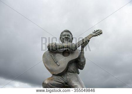 Piranhas, Alagoas, Brazil - June 25, 2016: Statue Of Altemar Dutra (aimores, 6 October Of 1940 - New