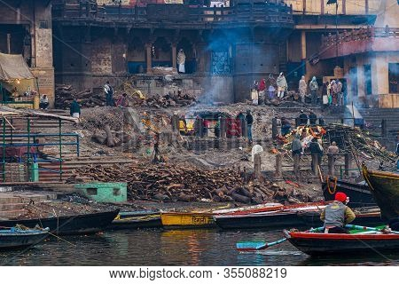 Varanasi, India - Dec 26, 2019: Cremation Of Bodies At The Holiest Manikarnika Ghat On The Banks Of
