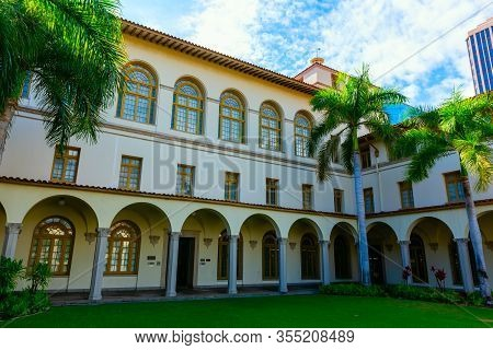 Us Post Office In Downtown Honolulu, Oahu, Hawaii