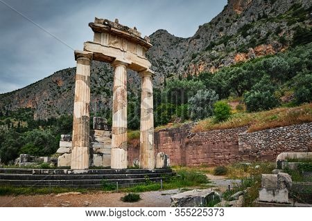 Tholos with Doric columns at the sanctuary of Athena Pronoia temple ruins in ancient Delphi, Greece