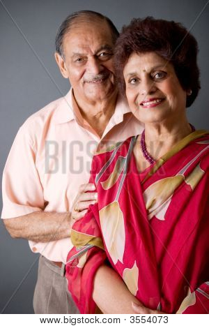 Pareja de ancianos East Indian