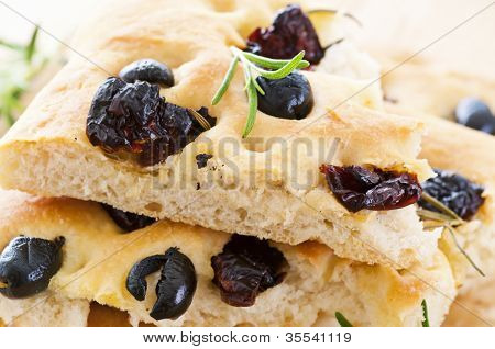 Focaccia with black olives