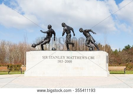 Stoke-on-trent, England - March 20: A Statue Of Sir Stanley Matthews Cbe In Stoke-on-trent, England