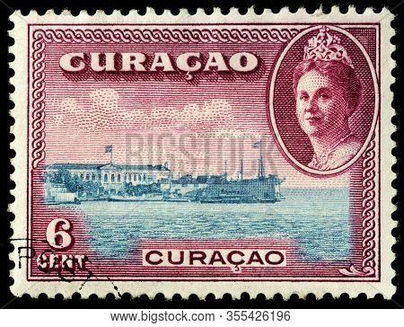 Luga, Russia - October 20, 2019: A Stamp Printed By Curacao (netherlands Antilles) Shows Portrait Of