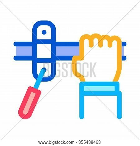 Hand Fastens Pipe Icon Vector. Outline Hand Fastens Pipe Sign. Isolated Contour Symbol Illustration