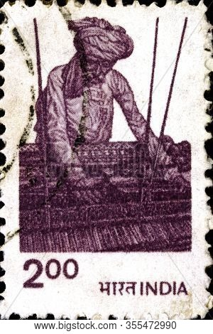 02 11 2020 Divmoe Stavropol Territory Russia The Postage Stamp India 1980 Agriculture Peasant Weavin
