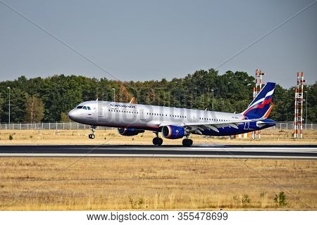 Frankfurt, Hesse/germany - August 29 2019 Aeroflot Aircraft (airbus A321 - Vp-bea) On The Northwest
