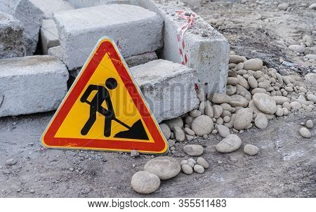 Road Sign Warning Caution Road Repair.road Sign Warning Caution Road Repair
