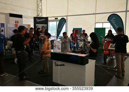 Pasig, Ph - Mar. 7: Vespa Motorcycle Booth At 2nd Ride Ph On March 7, 2020 In Pasig, Philippines. Ri