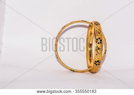 Designed Golden Bangles Jewelry For Ladies And Girls