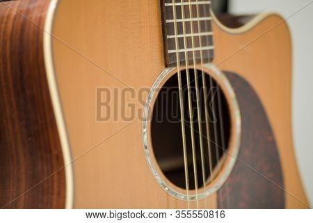 Details Of Acoustic Steel String Guitar