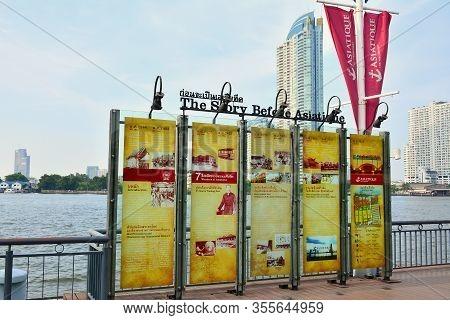 Bangkok, Th - Dec 12: Story Board At Asiatique The Riverfront On December 12, 2016 In Bangkok, Thail