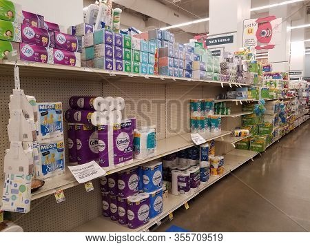 Chicago, Il March 14, 2020, Jewel Osco Grocery Store Bath Tissue Toilet Paper Shelves Partially Empt
