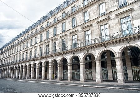 Structure In Classical Style. Palace With Arch Shaped Structure. Old Building In Paris France. Archi