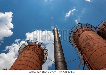 Sloss Furnaces National Historic Landmark, Birmingham Alabama Usa, Rusted Blast Furnaces And Smoke S