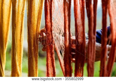 Cotton Line Dyeing With Natural Colors,yarn, Raw Materials For Cotton,dyeing Silk, Using Traditional