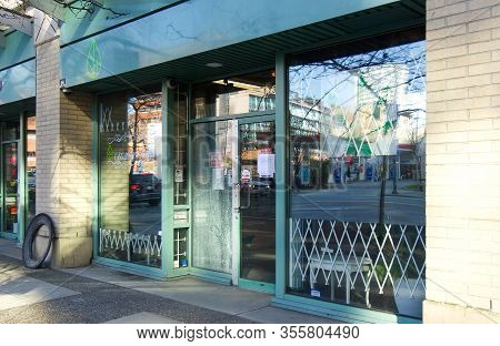 Vancouver, Canada - February 20 ,2020: A View Of Storefront