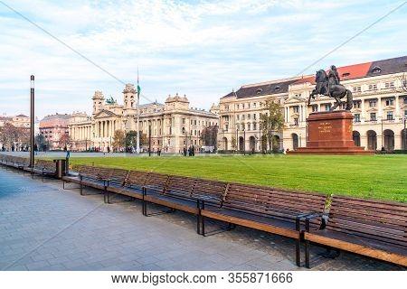 Budapest, Hungary - November 12, 2018: The Equestrian Statue Of Ferenc Rakoczi Ii In Budapest
