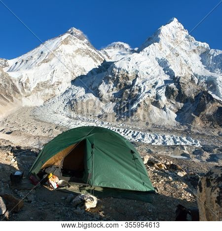 Beautiful View Of Mount Everest, Lhotse And Nuptse From Pumo Ri Base Camp With Green Tent - Way To E