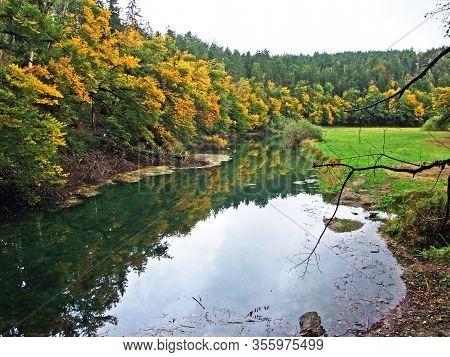 Gorge Rakov Skocjan Valley (rakek Or Notranjski Regijski Park Rakov Škocjan), Notranjska Regional La