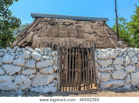 Typical Ethnic Minorities Homes In The Yucatan