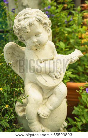 Little Happy Cupid