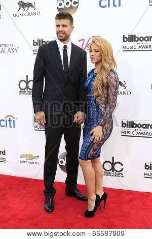 LAS VEGAS - MAY 18:  Gerard Pique, Shakira at the 2014 Billboard Awards at MGM Grand Garden Arena on May 18, 2014 in Las Vegas, NV