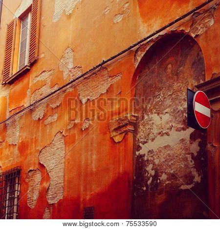 Emerging Italian Fresco