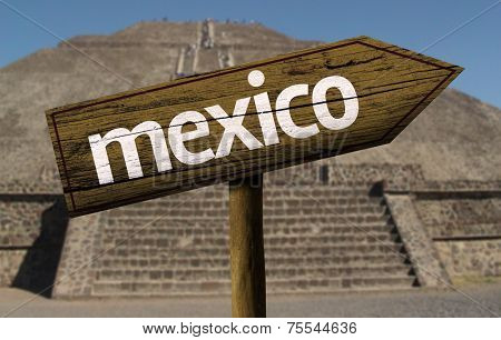 Amazing landscape with Mexico Sign