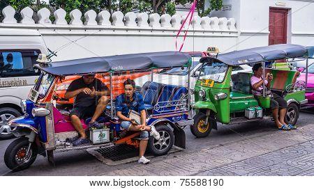 Motor bike rickshaw drivers