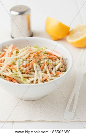 organic broccoli slaw and shredded carrots