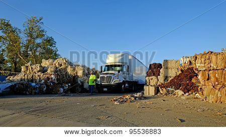 Transporting Recyled Material