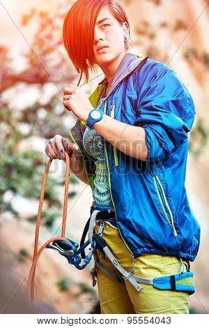 belayer with the rope