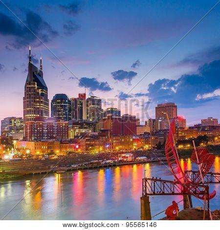 Nashville Tennessee downtown skyline