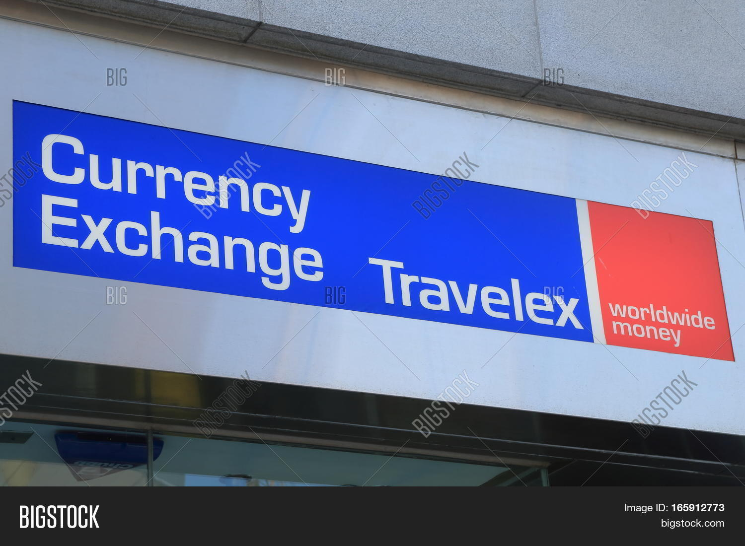 Hong Kong November 7 2016 Currency Exchange Company Travelex Is A
