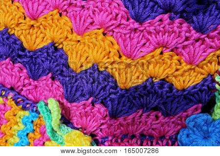 Amazing Colorful Weavings Of Wool And Cotton Threads