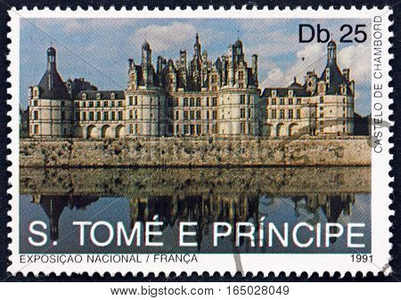 SAO TOME AND PRINCIPE - CIRCA 1991: a stamp printed in Sao Tome and Principe shows Chambord Castle Landmarks of France circa 1991