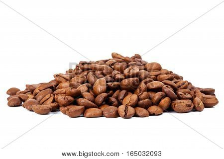 Pile of roasted coffee beans isolated in white background selective focus on the center