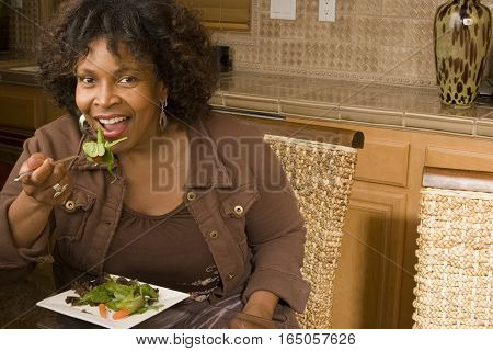 African American woman living a healty lifestyle.