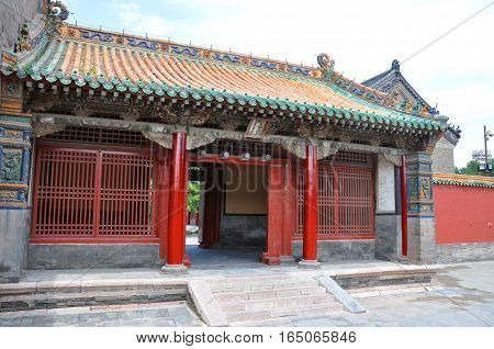 Zuoyi (Left) Gate beside the Chongzheng Hall in Shenyang Imperial Palace (Mukden Palace), Shenyang, Liaoning Province, China. Shenyang Imperial Palace is UNESCO world heritage site built.