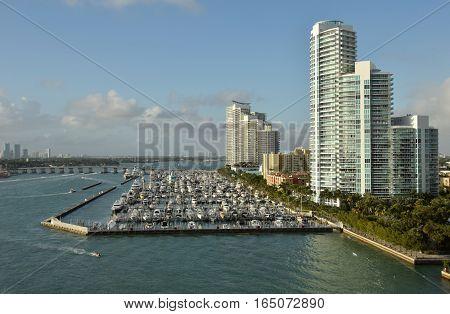 Boat marina in Miami Beach Florida scenic view