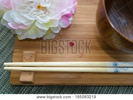 Japanese styled table wear with small heart