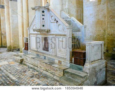 Hdr Santa Maria In Castello In Tarquinia